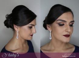 Penteado / Maquiagem
